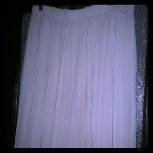 Pleated Maxi Skirt 1X
